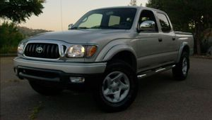 Very clean. Toyota Tacoma 2004 AWDWheels for Sale in Portland, OR