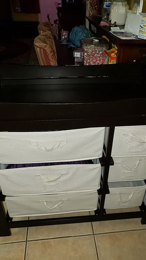 Changing table with 6 drawers for Sale in Pompano Beach, FL