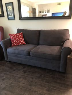 Couch/pull out bed for Sale in Atlanta,  GA
