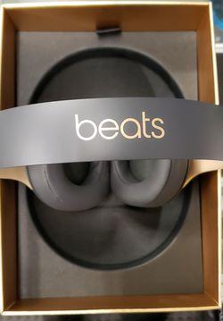 Beats Studio 3 Wireless Headphones (Color Shadow -Grey) 2020 for Sale in Los Angeles,  CA