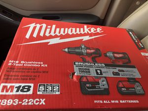 Brand New Milwaukee Hammer Drill/Impact Driver Set for Sale in Hunts Point, WA