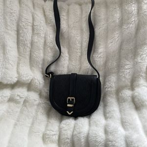 Small Black Crossbody for Sale in Los Angeles, CA