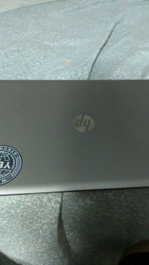 HP Envy Laptop/ has an old processor but great for office work for Sale in Navarre, FL