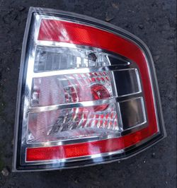 2010 Ford Edge passenger side tail lamp for Sale in South Gate,  CA