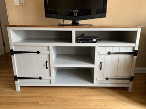 Media console table for Sale in San Diego, CA