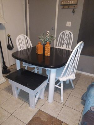 5pc farmhouse kitchen table dining set $225 @ 75th ave Peoria for Sale in Peoria, AZ