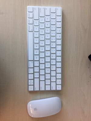 Apple magic 2 keyboard and mouse like new for Sale in Cupertino, CA