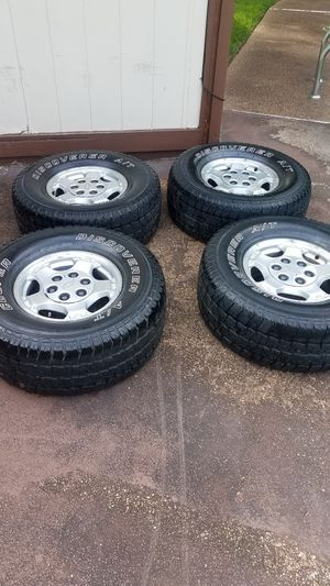 16 inch 6 lugs rims and tires for Sale in Memphis, TN