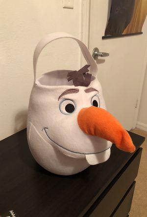 Olaf Frozen basket for Sale in Palmetto Bay, FL