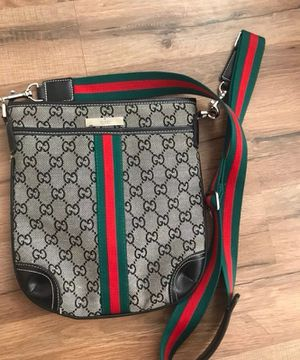 Gucci Messenger Bag for Sale in Columbus, OH