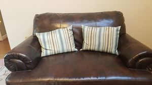 Love seat for Sale in Wheaton-Glenmont, MD