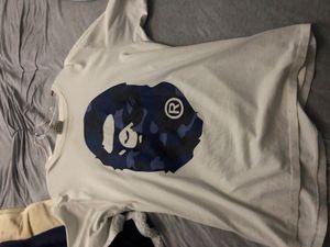 White/Blue ape head nape tee sz XL for Sale in Crosswicks, NJ