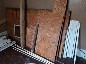 Wood need gone today for Sale in Cleveland, OH
