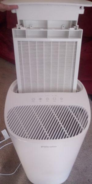 Filtrete Room Air Purifier for Sale in Lilburn, GA
