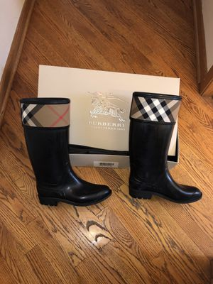 Authentic Burberry Rain Boots for Sale in Chicago, IL