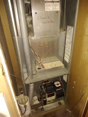 Coleman mobile home oil furnace for Sale in Bridgeton, NJ