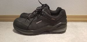 NEW Lowa Womens Hiking Shoes size 10 for Sale in Port Orchard, WA