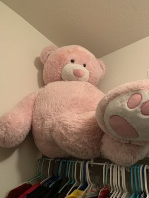 Giant Pink Teddy bear for Sale in Columbia, MO
