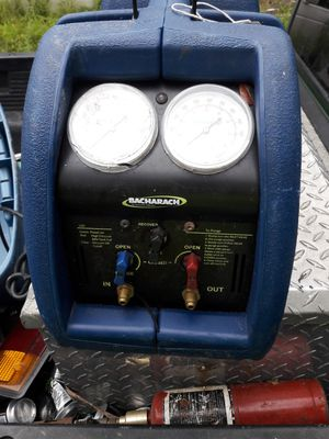Stinger 2000 freon recovery unit for Sale in Zephyrhills, FL