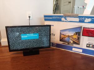 24 inch Samsung LED TV for Sale in Lancaster, PA