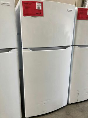 New White 13.9 CuFt Top Mount Refrigerator Fridge!! 1 Year Manufacturer Warranty Included for Sale in Gilbert, AZ