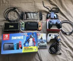 NINTENDO SWITCH for Sale in Kitts Hill, OH