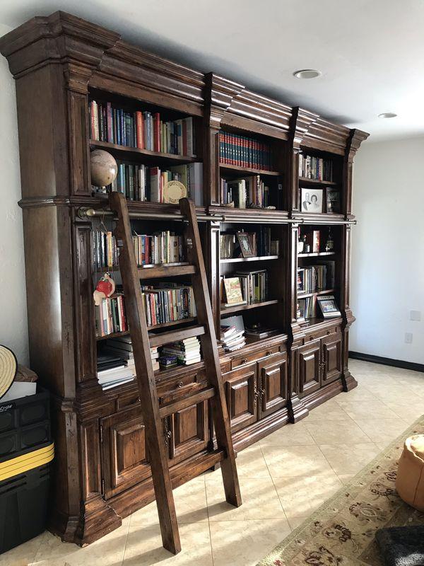 Philippe Langdon Library Bookshelf
