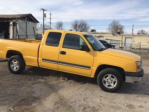 2003 Chevy silverado 1500 LS pickup 4D 6 1/2 ft for Sale in Tulsa, OK