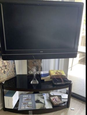 """Tv55 """" with table for Sale in Irvine, CA"""
