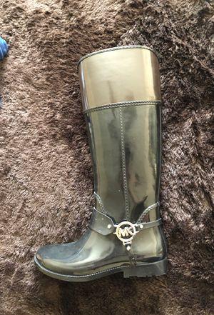 Michael kors rain boots size 8 women's MK for Sale in Fresno, CA