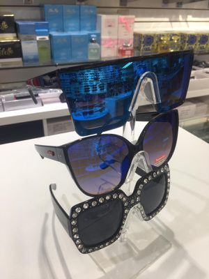 Luxury Unbranded Collections of Sunglasses for Sale in Miami, FL