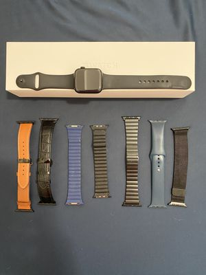 Series 5 black stainless steel Apple Watch for Sale in Miami, FL
