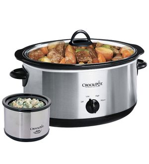 Crock pot slow cooker new in the box for Sale in Strongsville, OH