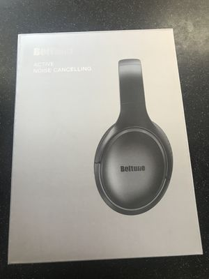 Bluetooth 5.0 Over Ear Wireless Headphones with Mic Deep Bass, Comfortable Protein Earpads 30H Playtime for Travel Work TV PC Cellphone for Sale in Springfield, VA