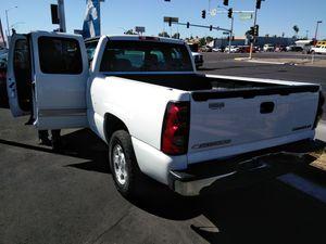 Chevy Silverado 2004 for Sale in Las Vegas, NV