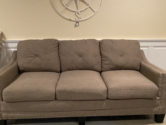 Sleeper Couch for Sale in Ijamsville,  MD
