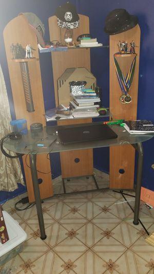 Computer Desk for Sale in Hialeah, FL