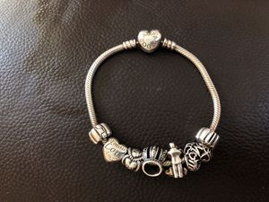 Pandora bracelet for Sale in Hialeah, FL