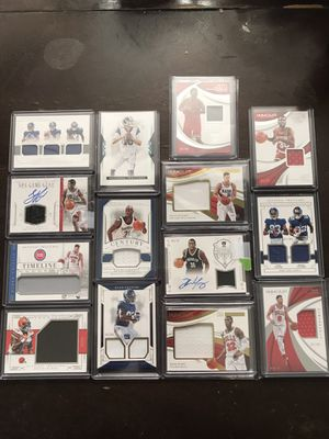 Huge lot Football basketball rookie autographs jersey cards for Sale in Downey, CA