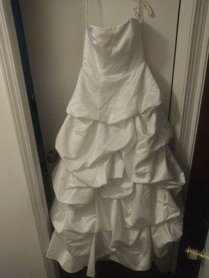 David's Bridal size 8 wedding dress for Sale in Chardon, OH