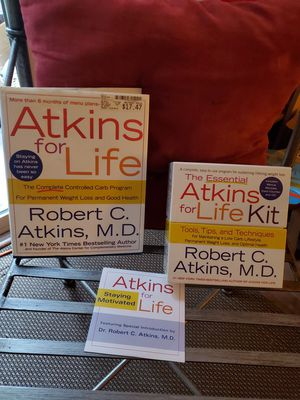 Atkins Diet Book & Companian Kit with CD for Sale in Pittsburg, CA