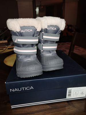 Nautica Girls Snow Boot for Sale in Tolleson, AZ
