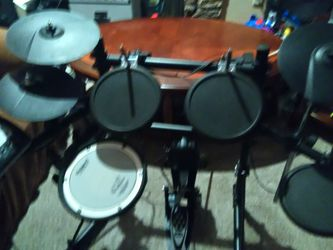 Roland's Drum Set for Sale in Tacoma,  WA