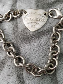 .925 Sterling Tiffany And Co Bracelet/ Key Ring for Sale in Lynnwood,  WA