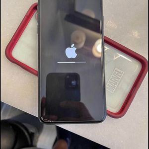 iPhone Xs Max Unlocked for Sale in Poinciana, FL