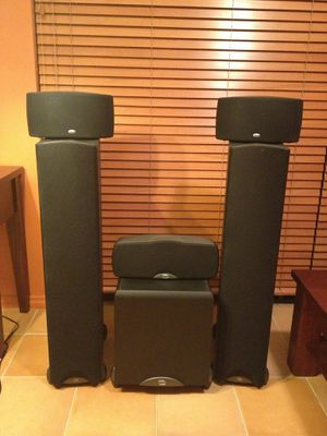 Klipsch Synergy Speakers for Sale in Spring, TX