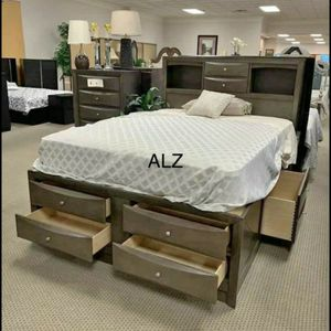 BedRoom Set (4-PIECE QUEEN bed,Dresser,mirror,Nightstand 🌸🌸(39 $down payment ) same day delivery🚚🚚 for Sale in Houston, TX