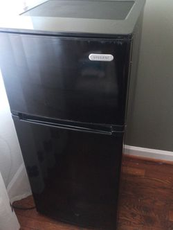 Vissani Minnie Fridge for Sale in New Castle,  DE