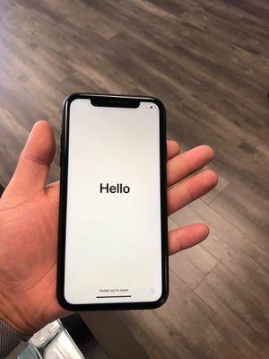 IPHONE XR 64GB UNLOCKED LIBERADOS for Sale in Garland, TX