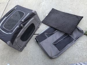 Portable pet carrier for Sale in Hickory Hills, IL